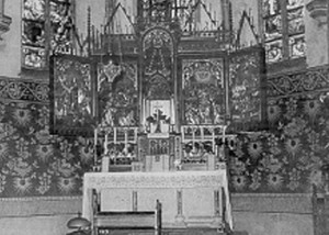 Der Hauptaltar der Pfarrkirche